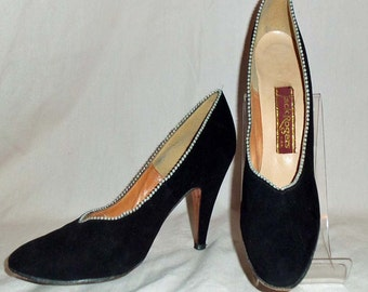 Vintage 1950s Jack Rogers Black Suede and Pearl Trimmed High Heel Evening Pumps