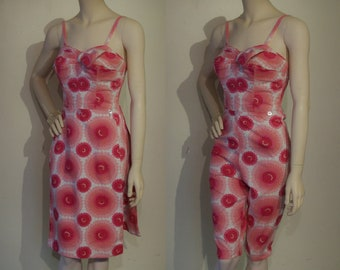 "Sensational 1950s capri playsuit w/detachable skirt panels waist 25""-26 1/2"" fabulous!"