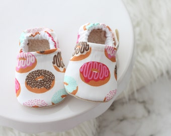 0-6 Months Donuts Baby Shoes, Baby Girl Shoes, Baby Shoes, baby Booties, Donuts Baby, Donuts Baby Shoes, Pink Baby Shoes, Donuts Clothing,