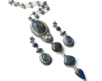 Hand embroidery labradorite necklace and earrings-labradorite jewerly-silver jewelry-silver necklace-silver earrings-seed bead jewelry