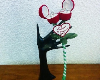 rose bouquet holder for wedding, love theme