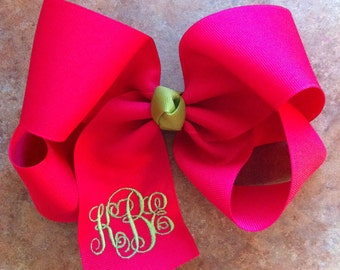 Large boutique hair bow with monogrammed initials - Intertwined monogram, Infinity font, Interlocking
