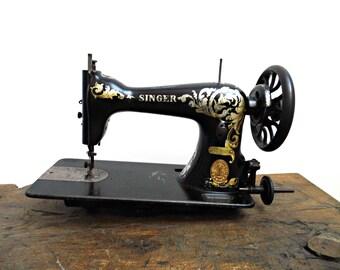 1910s Antique Singer Sewing Machine Head Unit 15K Black Gold Vintage Singer Treadle Hand Crank Sewing Display Case Collectible Rustic Decor
