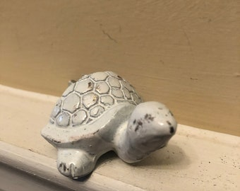Turtle Drawer Pull/ Turtle Knob/ White Turtle/ Dresser Decor/ Furniture Fixtures / Home and Garden Decor
