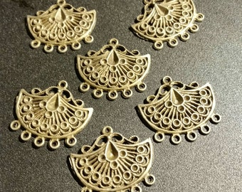 SALE !!! Antiqued Brass Fan Shaped Ornate Chandelier Findings ... set of 6