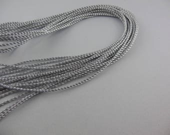 Color: silver metal twisted cord
