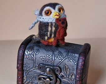 Needle Felted Owl. Needle Felted Bird. Cute Little Owl. Oiseaux Feutrine. Owl Sculpture. Needle felted animal. Gift for everyone.