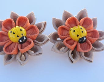 Kanzashi Fabric Flowers. Set of 2 hair clips. Toffee and Orange clips.
