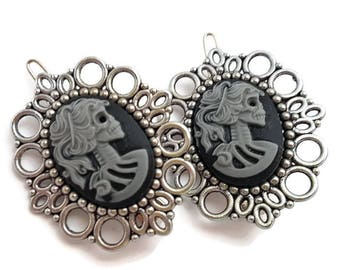 Skull Lady Hair Clips-Gray Skeletina Cameo-Gothic Lolita-Halloween Wedding-Bubble Goth-Pastel Goth-Spooky Chic-Fashion Accessory-Teen Gift