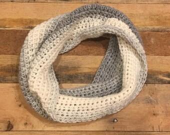 Women's Wool Blend Cowl