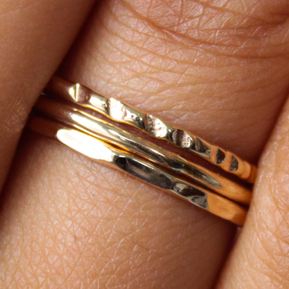 Dünner goldenen Ring Set 3-Band gehämmert Gold Ring Set dünne