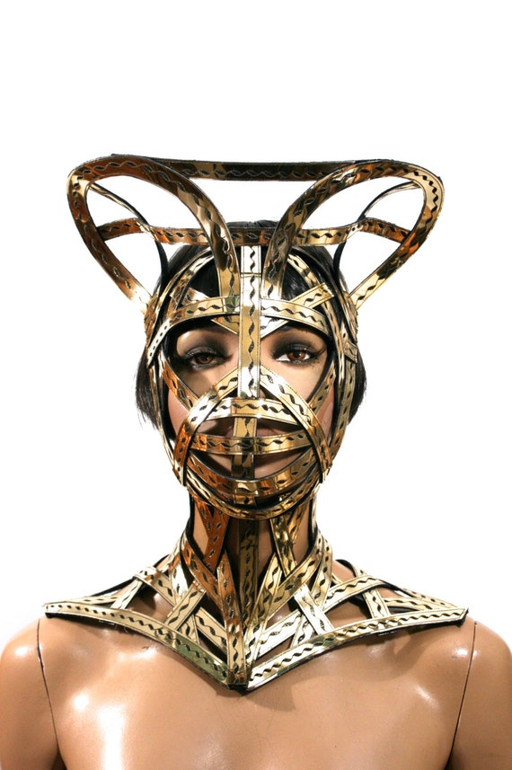 Wearing a metal cage helmet - 3 10