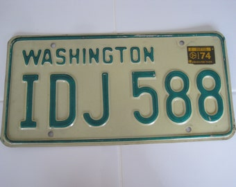 1974 Vintage License Plate IDJ 588 Great Condition!!