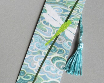 Dragonfly: A nature inspired bookmark