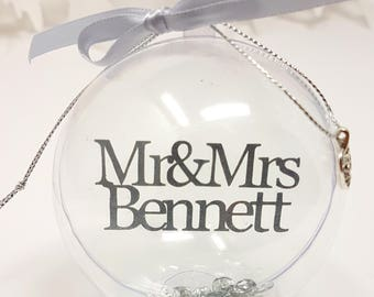 Mr and Mrs Couples Personalised Baubles Xmas Tree Decorations (Surname)