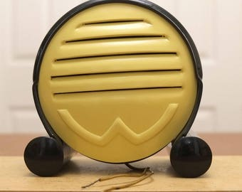 SALE! 1950s Radio Loudspeaker. Truvox Wavox Pastelex Art Deco. Casein Case. Early Communications Equipment. Display Item