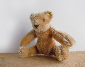 Steiff Bear, Vintage Miniature Steiff Teddy Bear, 1967-77 Original Teddy, Tiny Mohair Stuffed Bear Toy. Steiff Collectible Plush Teddy Bear.