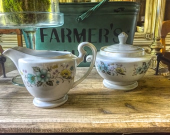 Vintage China Place Sugar and Creamer Set for Tea Parties, Bridal Luncheons, Showers