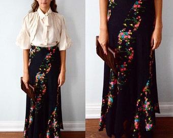 Vintage Black Floral Maxi Skirt, The Market, 1970s Skirts, Bias Cut Skirt, Boho Skirts, Summer Skirt, Maxi Skirt, Floral