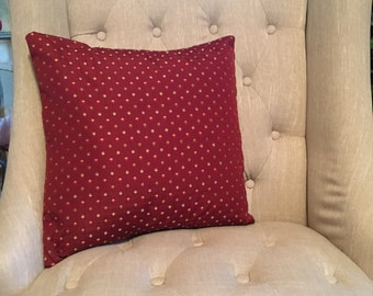 Dotted Pillow Cover