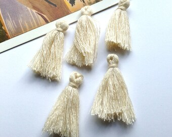 Bulk Lot 50 mini Cream cotton tassels 25mm Natural coloured Bohemian Moroccan / Indian style