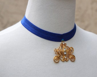 Cinderella necklace - Pumpkin Carriage Necklace - Disney Princess Cinderella - Cinderella party favor