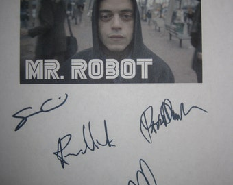 Mr Robot signed TV Screenplay script X8 Autograph Signature Rami Malek Christian Slater Carly Chaikin Sam Esmail Portia Doubleday BD Wong