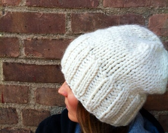 Off White Slouchy Knit Hat / Women's Chunky Hat