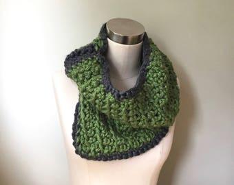 Green Scarf / Gray Scarf / Crochet Scarf Handmade / Green Infinity Scarf for Women / Winter Scarf / Cowl Neck