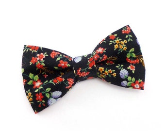 Farmers market clip on bow tie - black floral, blueberries and wheat print