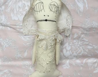 Seltsame Art Puppe - Plüsch-Kunst-Puppe - seltsame Kreatur - Miss Havisham Serie - Fantasy Ragdoll - ungerade süße Puppe - Außenseiter Stoffpuppe
