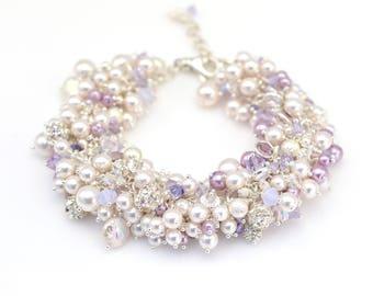 Perle Bracelet grappe | Bijoux de mariée | Bijoux de demoiselle d'honneur | Bracelet blingy | Accessoire de mariage de fantaisie | Cadeau pour elle | Mariage de lavande