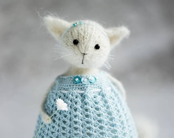 Knitted cat doll White cat art doll Cat gifts for women Cat lover gifts uk Cat mom gifts Stuffed plush cat Wool cat gifts for her Knit doll