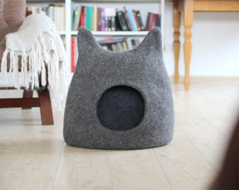 Cat bed - cat cave - cat house - eco-friendly handmade felted wool cat bed - natural grey cat house - Christmas gift for pets - modern bed