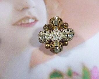 Vintage Gold Filigree and Rhinestone Designer Clip Earrings - V-EAR-594 - Designer Earrings - Square Earrings - Gold Earrings