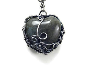 Heart Shape Necklace / Sterling Silver Heart Necklace / Heart Pendant Necklace / Gemstone Heart Pendant / Labradorite Heart Necklace