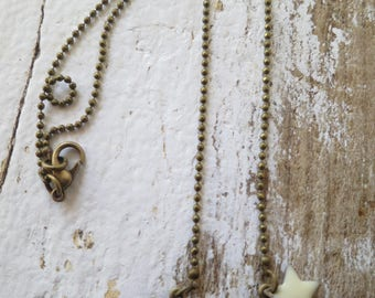 Knot pendant Choker necklace