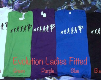 Evolution - Ladies fitted Round-neck T-shirts (woman with parrots)