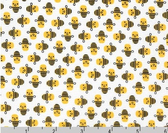 Suzy's Minis - Bees White by Suzy Ultman from Robert Kaufman