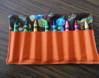Turtle crayon roll up 8 count