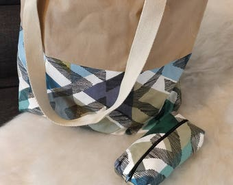 Cotton canvas tote bag and its matching pouch