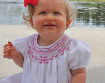 Girls Bow Bishop Dress // Toddler Smocked Dress // Hand smocked Bishop Dress // Sizes 3 months to Size 7