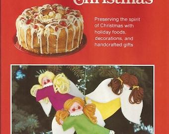 Farm Hournal's Homespun Christmas Hardback Book