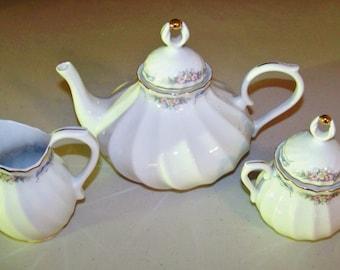 Portugal Tea Pot With Creamer & Sugar Bowl