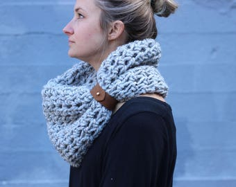 Grey Marble Heather - CHUNKY WOOL Large Cowl Scarf