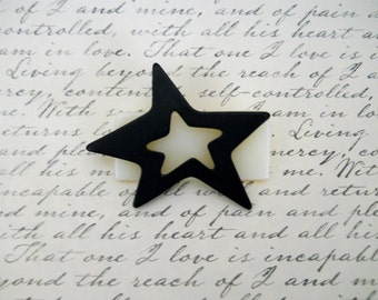 Open Star Brooch