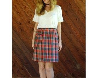 EXTRA 20% OFF SALE.... Checkered Plaid h/w Mini Pencil Skirt - Vintage 70s - M/L