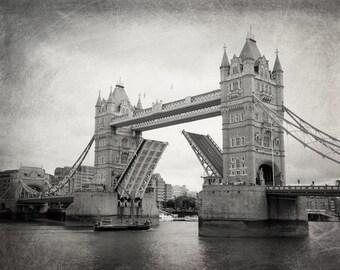London Photography, Tower Bridge, Black and White, Fine Art Photography, London Decor, Landscape, Architecture, Wall Art, Matted Print