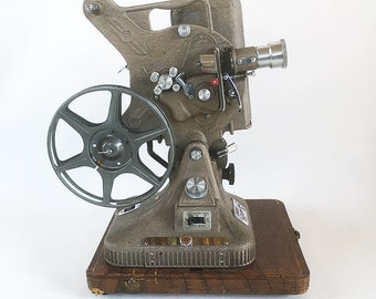 """Working 1950s Keystone Belmont K-161 - 16 mm Movie Projector with Carrying Case """"Art Deco Style & Crinkled Finish"""""""