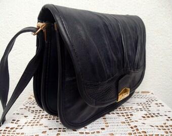 Womens Messenger Bag By La Toscana, Genuine Leather Postman Bag, Navy Blue Leather Satchel, Made in Italy, Crossbody Purse, Shoulder Bag